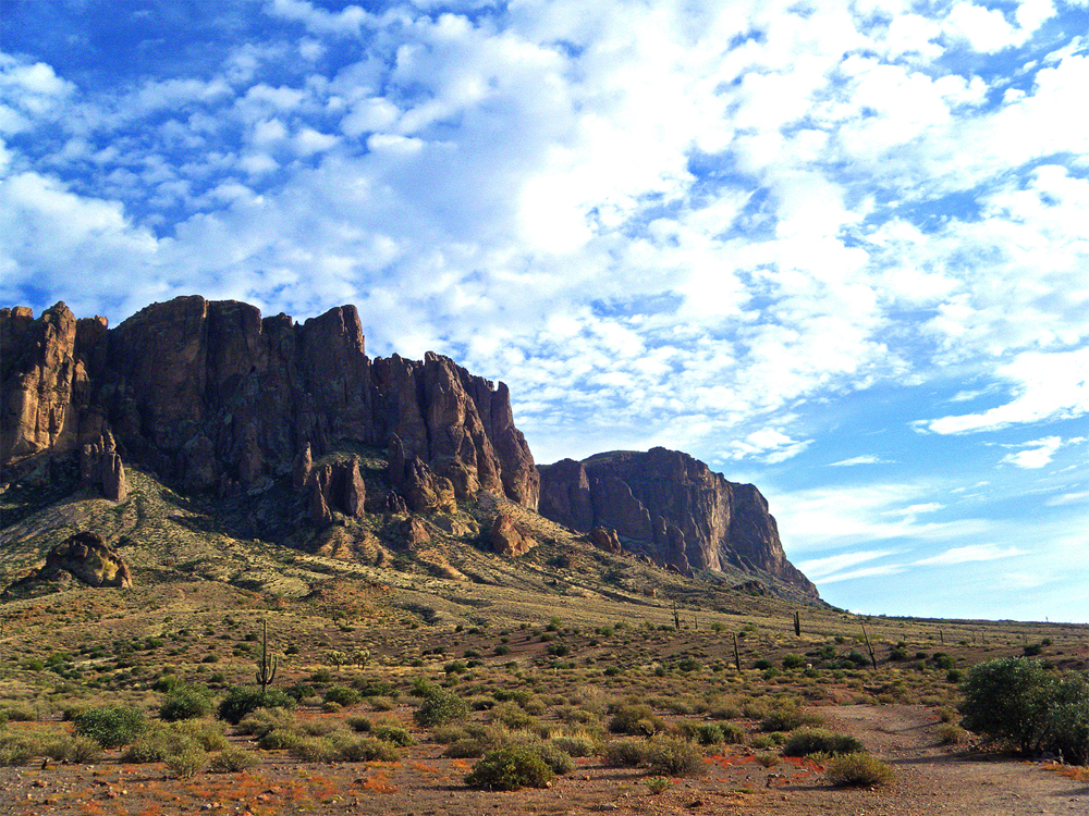 superstition-mountains